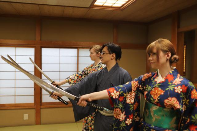 """""""Tachimawari"""" Lesson 11"""